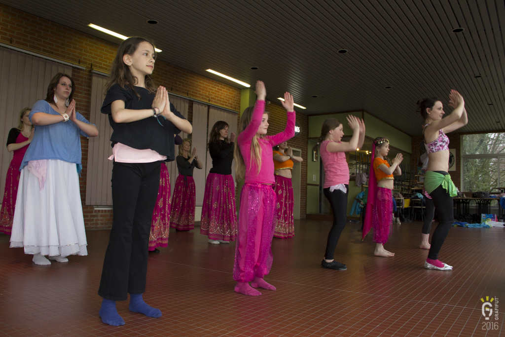 NL-1183-Noemie danse orientale