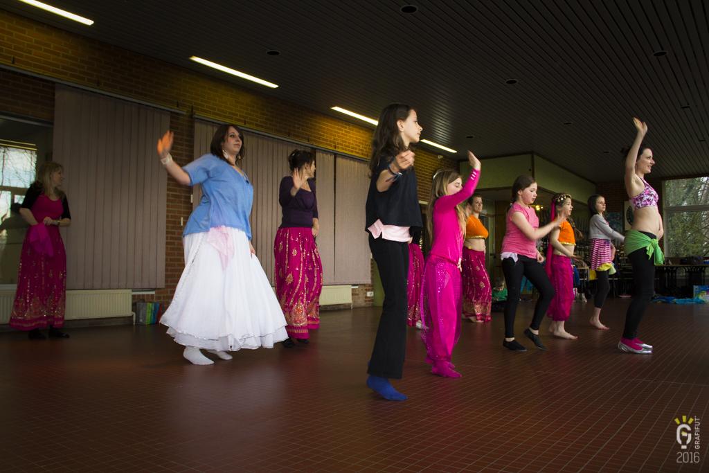 NL-1187-Noemie danse orientale
