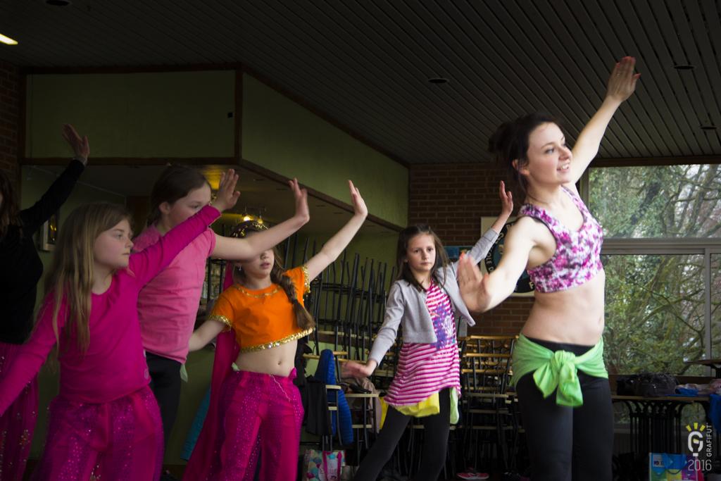 NL-1214-Noemie danse orientale