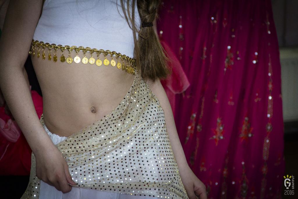 Répétition et essayage des costumes de danse orientale